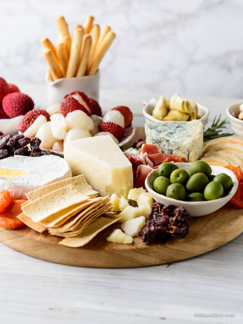 5 Tips for Creating the Ultimate Entertaining Platter 3 - 5 Tips for Creating the Ultimate Entertaining Platter