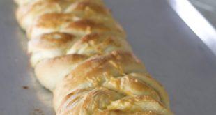 BRAIDED CHEESE ONION BREAD 310x165 - BRAIDED CHEESE-ONION BREAD