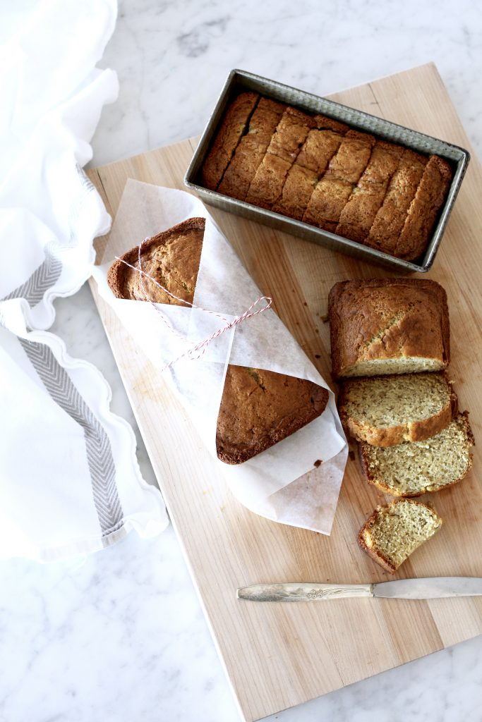 FAVORITE SOUR CREAM BANANA BREAD - FAVORITE SOUR CREAM BANANA BREAD