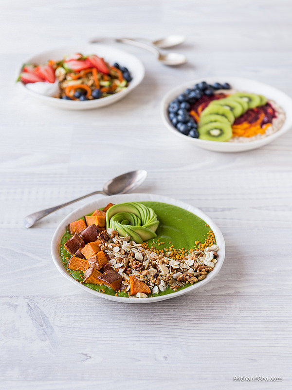 Green Smoothie Sweet Potato Granola Bowl2 - Green Smoothie, Sweet Potato & Granola Bowl