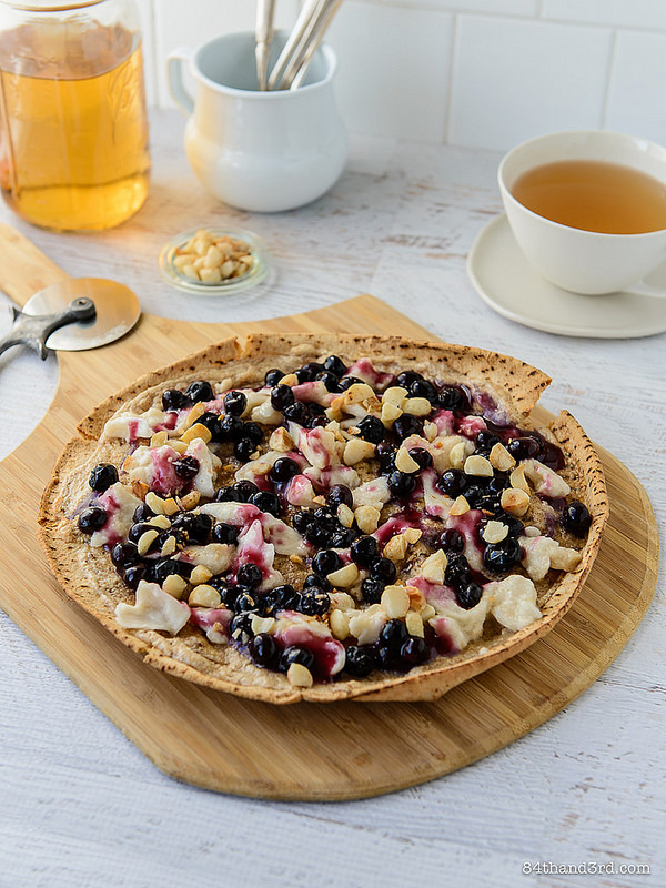 Nutty Blueberry Breakfast Pizza 1 - Nutty Blueberry Breakfast Pizza