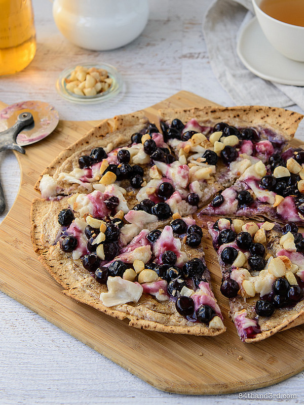 Nutty Blueberry Breakfast Pizza4 - Nutty Blueberry Breakfast Pizza